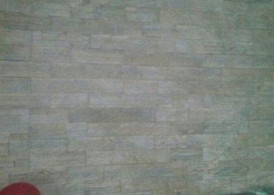 Alicatado decorativo en interior imitación piedra natural