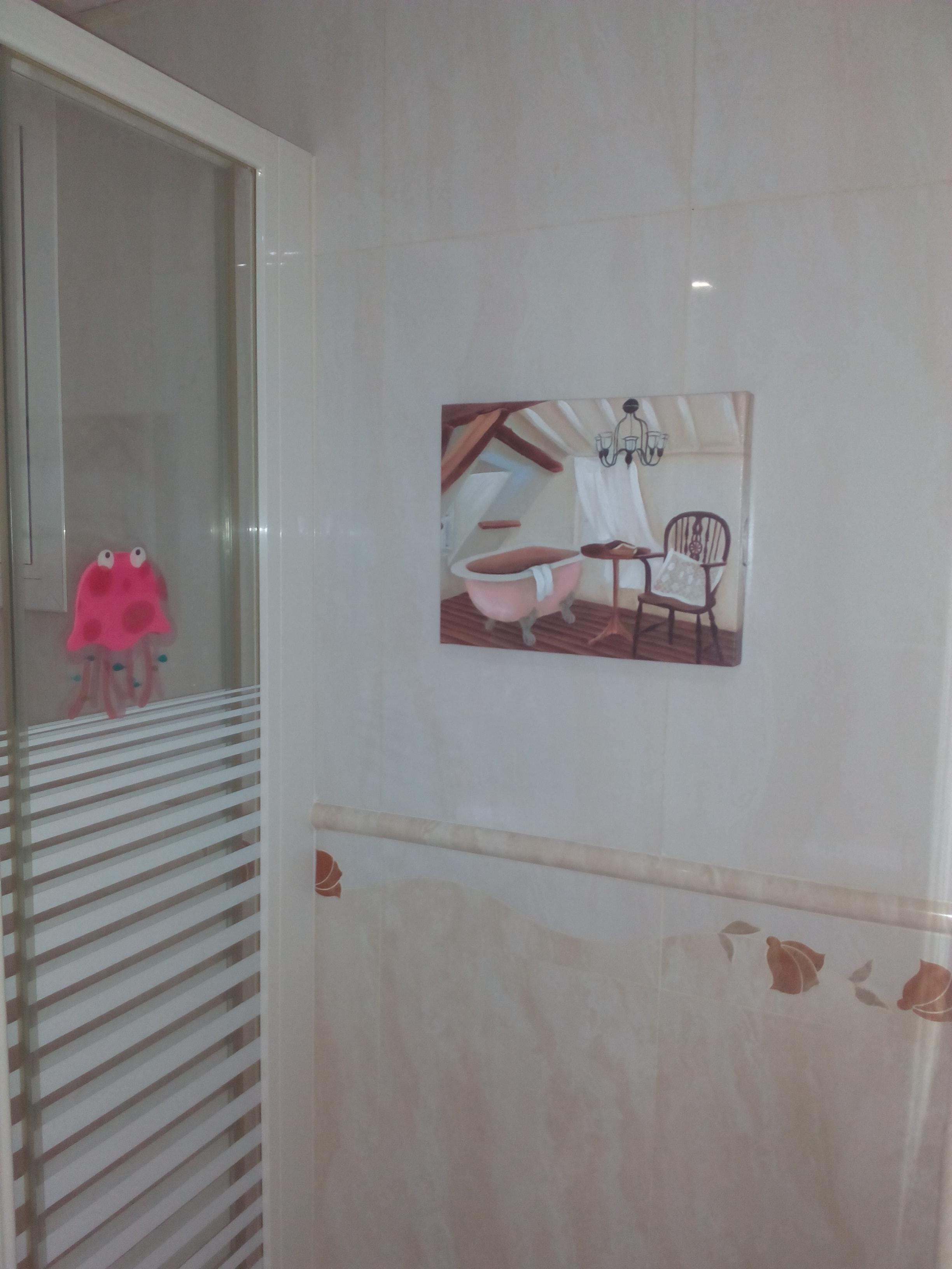 reforma de baño, alicatado en marmol